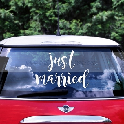 "Sticker per auto ""JUST MARRIED"""
