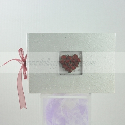 Guestbook con roselline rosse