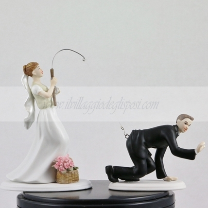 Cake topper in porcellana lo sposo pescato